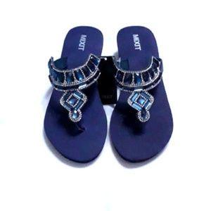 Mix It Black Rhinestone Jewel Sandals/Flip Flops